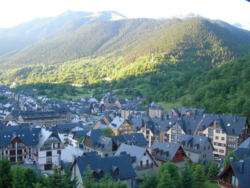 Vielha: la capital del Valle de Arán     Baqueira blog - Tu guia de ...